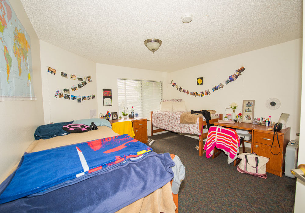 csudh-housing-apartment-bedroom-2
