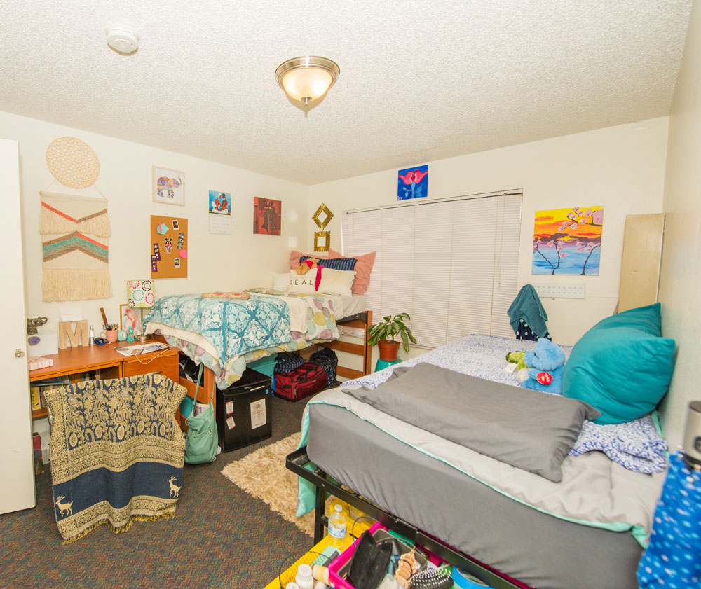 csudh-housing-apartment-bedroom-4
