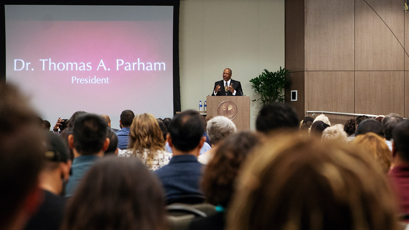 fall-convocation-2018-thomas-parham